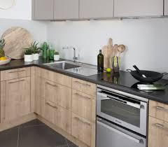 couleur de meuble de cuisine couleur meuble cuisine bois le bois chez vous