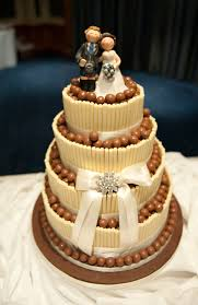 wedding cake kit malteser wedding cake idea in 2017 wedding