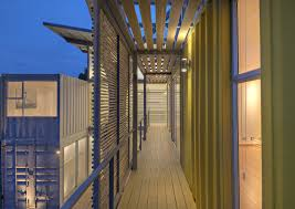 8 shipping containers make up a stunning 2 story home