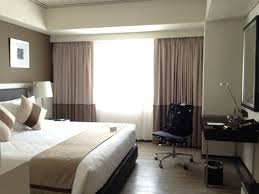 Small Bedroom Big Bed Ideas Space Saving Ideas For Small Kitchens Bedroom Layout Big Room