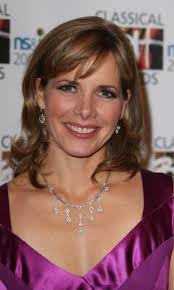 darcey bussell earrings strictly darcey bussell on strictly come 11th october 2014 hair