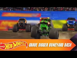wheels monster jam grave digger truck wheels monster jam grave digger boneyard bash wheels youtube