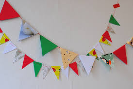 diy recycle last year s cards into a colorful bunting
