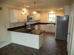 Peninsula Kitchen Floor Plan by Roosevelt Brookside Custom Homes