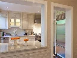 Countertops For Kitchen by Best 25 Pass Through Kitchen Ideas On Pinterest Half Wall