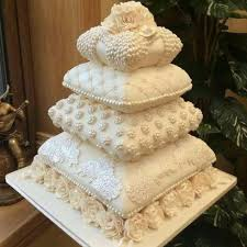 amazing wedding cakes 12 amazing wedding cakes that you wouldn t whether to eat or