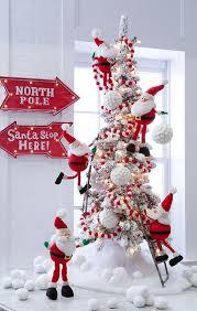 23 santa themed décor ideas for shelterness