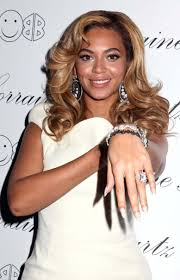 lorraine schwartz engagement ring 2 lorraine schwartz platinum ring beyonce wedding stuff