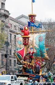 thanksgiving treasure hunt macy u0027s thanksgiving day parade