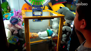the best wins of claw machine game at dave u0026 busters time square