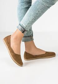 ugg womens shoes uk check the collection ugg flats lace ups espadrilles