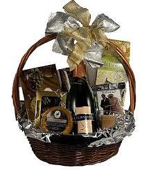 Wedding Gift Baskets The 25 Best Honeymoon Gift Baskets Ideas On Pinterest Honeymoon