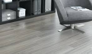 Laminated Wooden Flooring Pros Of Engineered Hardwood Flooringtile Or Laminate Wood Flooring