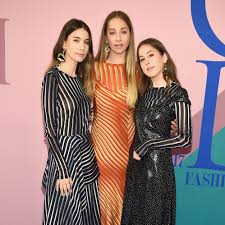 cfda awards 2017 red fashion best dressed winners and