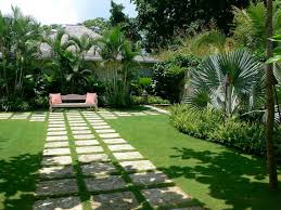 tropical landscaping ideas small front yard tropical landscaping