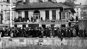 a lucky escape from the titanic the titanic photographs by