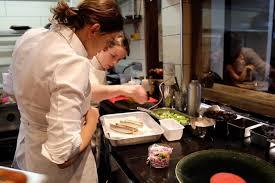 cuisine des pros a la recherche des femmes chefs plongée dans le quotidien des