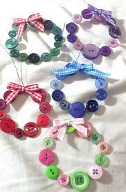 Arts And Crafts Christmas Cards - 25 unique button wreath ideas on pinterest christmas button