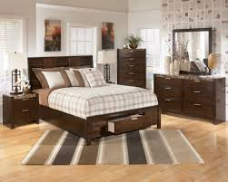 Bedroom Furniture Layout Examples Perfect Bedroom Furniture Layout Ideas Shui Near Kitchen To Design