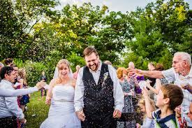 lorena and blake u0027s wisconsin backyard wedding