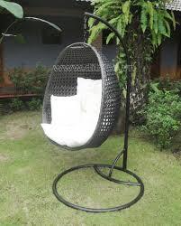 new design pe rattan hanging egg chair outdoor pe wicker hanging chair hanging egg chair patio hanging egg chair outdoor hanging rattan swing egg