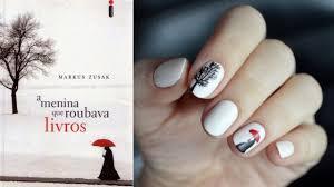 nail art capa de a menina que roubava livros cover the book