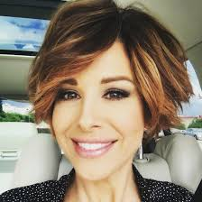 news anchor in la short blonde hair short hairstyle new wavy pixie bob dominique sachse hair ideas