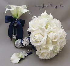 groom s boutonniere navy white bridal bouquet toss bouquet and groom s boutonniere