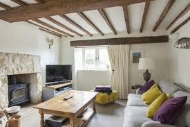 Cotswold Cottage House Plans by Behind The Doors Of A Charming Cotswold Cottage Interior Design
