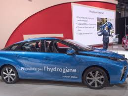 toyota finance canada login toyota s hydrogen fuel cell will make its canadian debut this year
