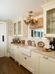 Brian Reynolds Cabinets Cream Backsplash Houzz