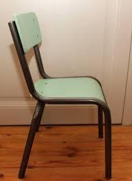 chaise d colier l atelier des petites bauloises chaise d écolier verte
