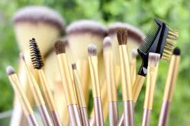 beauty bargain affordable 18 piece makeup brush set giveaway
