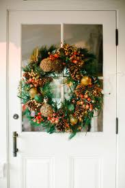tips for decorating a small space for the holidays the everygirl