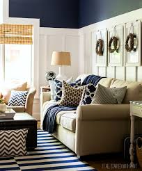 fall decor in navy and blue batten living rooms and decorating