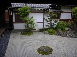 Japanese Style Kitchen K Salient Japanese Garden With Smallspace Lawn Garden Zen Garden