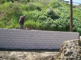Terraced Retaining Wall Ideas by Tips To Build Terraced Retaining Wall Setbackimagina Decor Teak