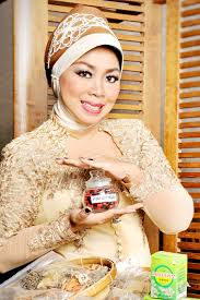 Teh Mayang 15 tahun berdiri klinik teh mayang menjadi andalan wanita indonesia