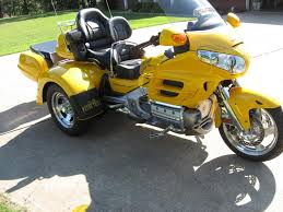 for sale 2009 gl1800 yellow goldwing trike with motortrike