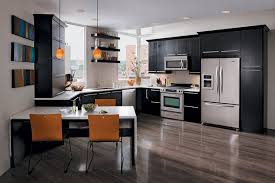 cuisine moderne blanc laqué design interieur modele cuisine moderne noir orange table bar blanc
