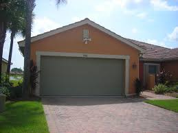 single family house in florida near homeaway lehigh acres