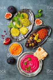 middle eastern traditional dinner authentic arab cuisine meze
