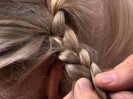 Hochsteckfrisuren Mittellange Haare Einfach by Dirndl Frisuren Trachtenfrisuren Zum Nachmachen Nivea