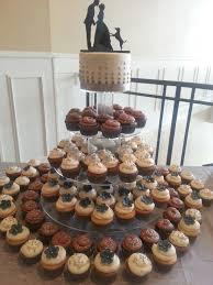 wedding cake and cupcakes twentyone cakes by