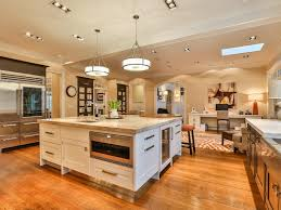 Colonial Design Pictures  Ideas HGTV - Colonial homes interior design