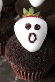 strawberry ghost dark chocolate cupcakes big bear u0027s wife