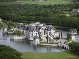 House With A Moat 465 Best Cool House Of The Day Images On Pinterest Luxury Homes