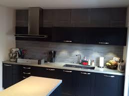 cuisine couleur grise couleur grise tete de lit tableau peinture murale couleur cool