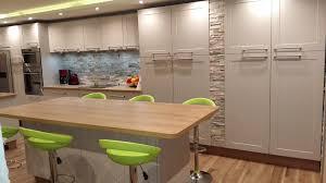 cuisine sur un pan de mur cuisine sur un pan de mur maison design sibfa com