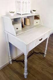 peindre un bureau meuble bureau peint peinture effet blanchi maison déco